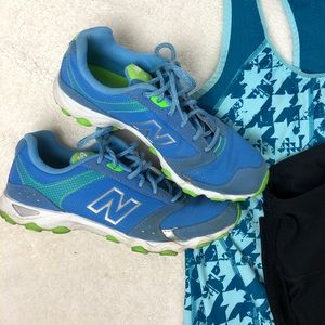 NEW BALANCE • Blue Active Running Shoes • Size 8